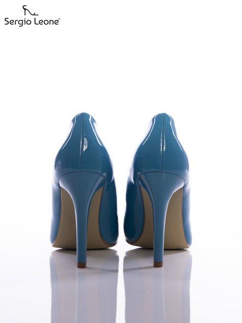 Niebieskie lakierki Sergio Leone na cienkich szpilkach                              zdj.                              3
