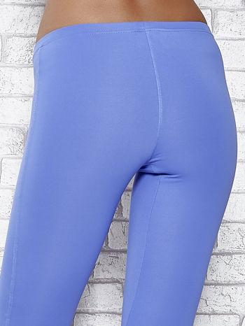 Niebieskie legginsy sportowe termalne z patką z dżetów                                  zdj.                                  5