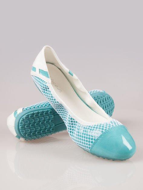 Niebieskie siateczkowe baleriny Whippie na gumkę                                  zdj.                                  4
