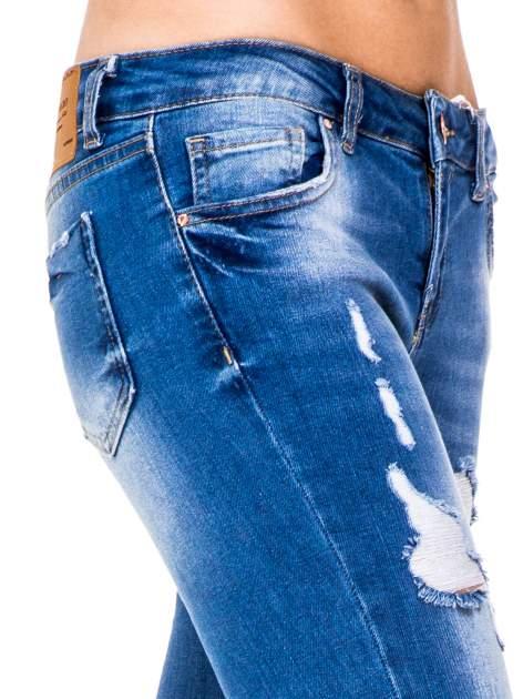 Niebieskie spodnie jeansowe skinny do połowy łydki                                  zdj.                                  6