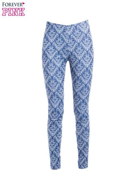 Niebieskie spodnie typu legginsy w ornamentowy wzór                                  zdj.                                  4