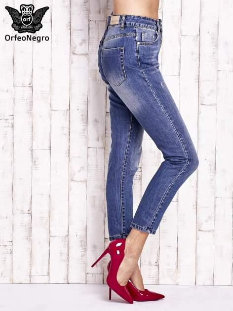 Niebieskie spodnie z przetarciami boyfriend jeans                                  zdj.                                  2