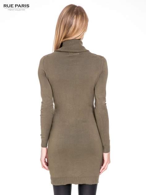 Oliwkowa swetrowa sukienka z golfem                                  zdj.                                  4
