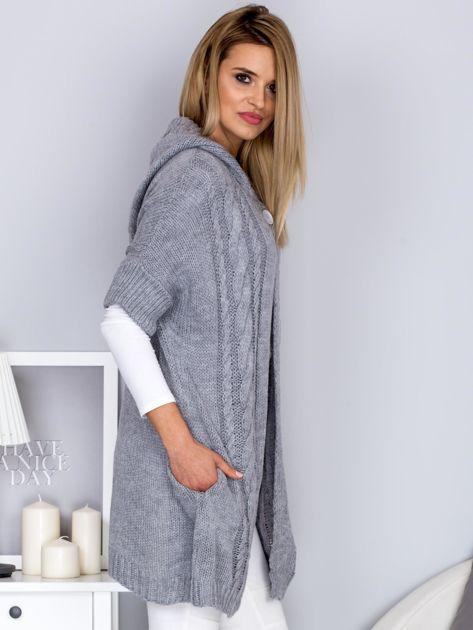 Otwarty sweter z warkoczowym wzorem i kapturem jasnoszary                                  zdj.                                  3