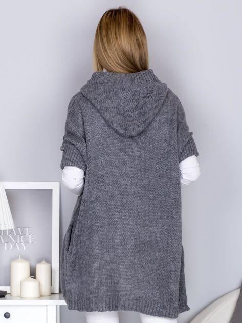 Otwarty sweter z warkoczowym wzorem i kapturem szary                              zdj.                              2