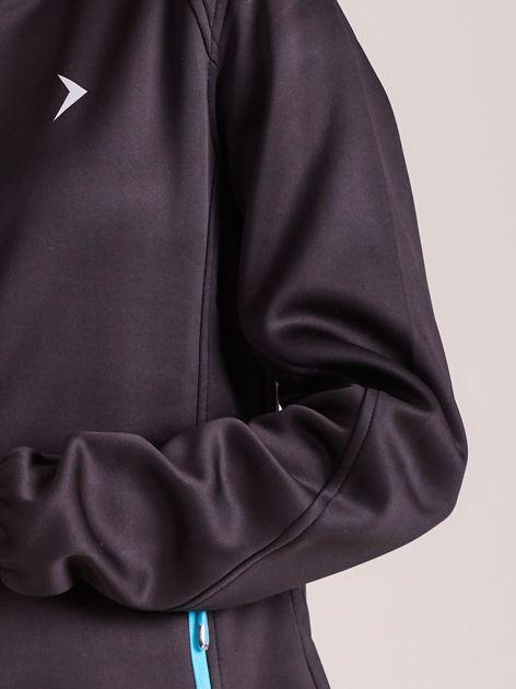 Outhorn Czarna ocieplana kurtka softshell z kapturem                              zdj.                              15