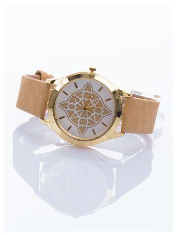 Ozdobny damski zegarek. Tarcza ozdobiona ładnym motywem.                                  zdj.                                  2