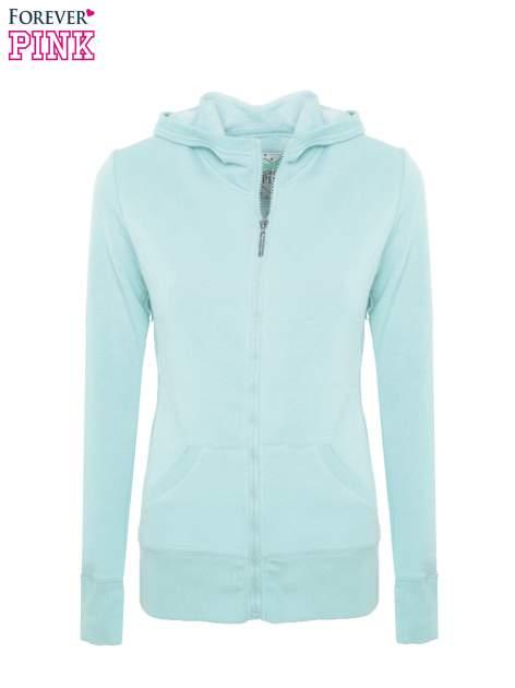 Pastelowo niebieska bluza z kapturem                                  zdj.                                  2