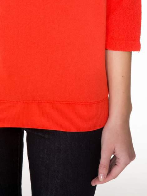 Pomarańczowa bluza oversize z łączonych materiałów                                  zdj.                                  6