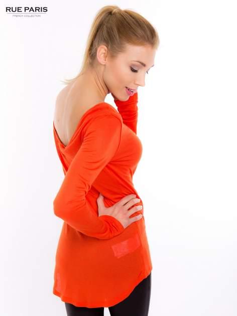 Pomarańczowa bluzka z dekoltem na plecach                                  zdj.                                  4