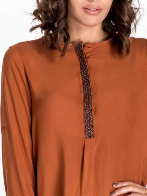 Pomarańczowa koszula ze wzorzystą wstawką w stylu etno                                  zdj.                                  5