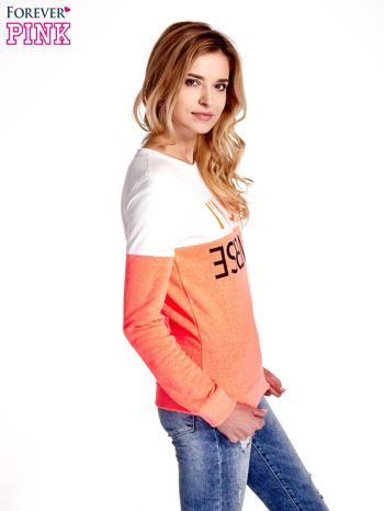 Pomarańczowo-biała bluza z napisem I'M SO ADVERSE                                  zdj.                                  3