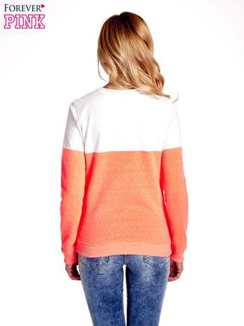 Pomarańczowo-biała bluza z napisem I'M SO ADVERSE                                  zdj.                                  4