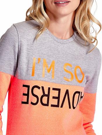 Pomarańczowo-szara bluza z napisem I'M SO ADVERSE                                  zdj.                                  5