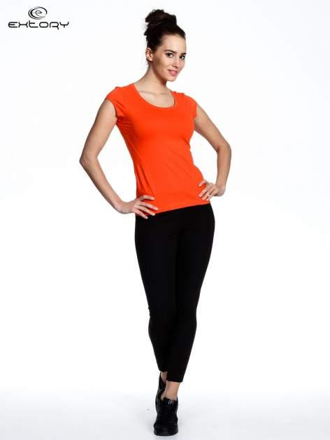 Pomarańczowy damski t-shirt sportowy basic                                  zdj.                                  3