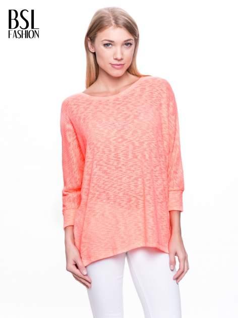 Pomarańczowy sweter z rozcięciem na plecach                                  zdj.                                  1
