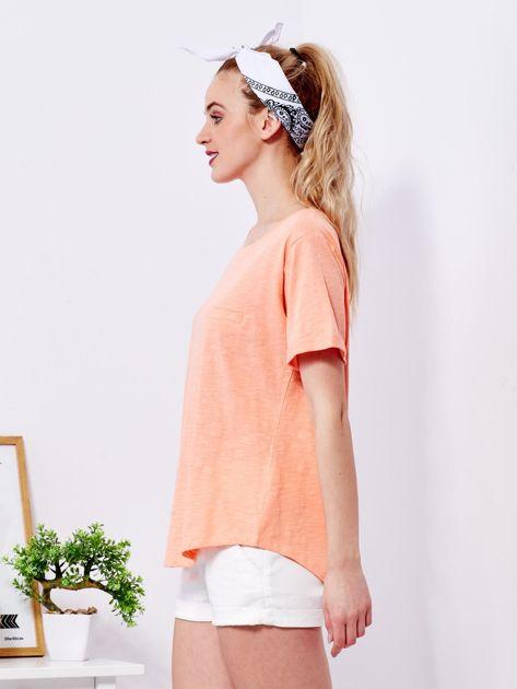 Pomarańczowy t-shirt basic z podwijanymi rękawami                              zdj.                              5