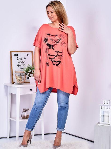 Pomarańczowy t-shirt damski w motyle PLUS SIZE                              zdj.                              4