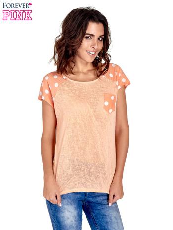 Pomarańczowy t-shirt z kieszonką w groszki                                  zdj.                                  1