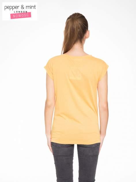 Pomarańczowy t-shirt z nadrukiem NYC zdobiony dżetami                                  zdj.                                  4