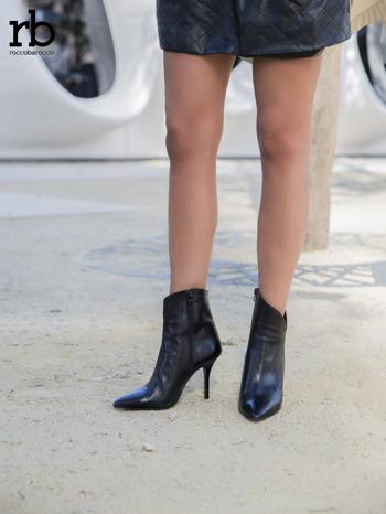 ROCCOBAROCCO czarne skórzane botki genuine leather na szpilce z asymetryczną cholewką                                  zdj.                                  4