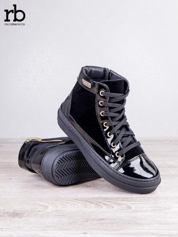 ROCCOBAROCCO czarne welurowe sneakersy dual texture z lakierowanymi wstawkami                                  zdj.                                  3