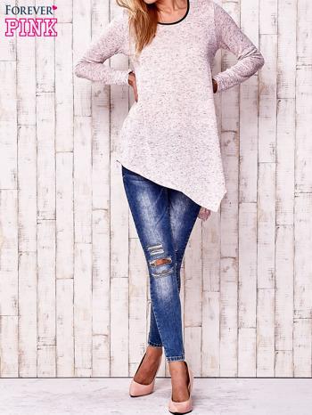 Różowa asymetryczna bluzka z ciemniejszą nitką                                  zdj.                                  2