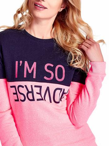 Różowa bluza z napisem I'M SO ADVERSE                                  zdj.                                  5