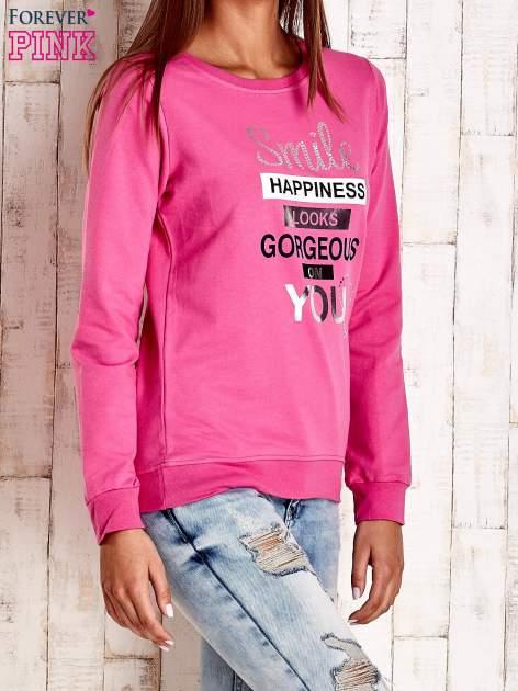 Różowa bluza z napisem SMILE HAPPINESS LOOKS GORGEOUS ON YOU                                  zdj.                                  3