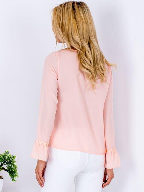 Szyfonowa bluzka z falbankami i aplikacją różowa                                  zdj.                                  2