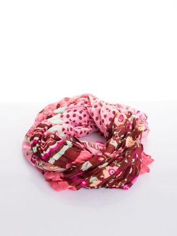 Różowa chusta we wzór patchworkowy                                  zdj.                                  2
