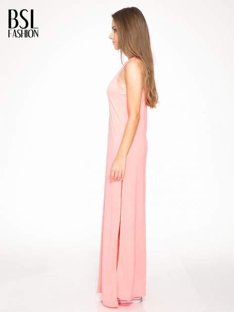 Różowa długa sukienka maxi z aplikacją z dżetów                                  zdj.                                  2