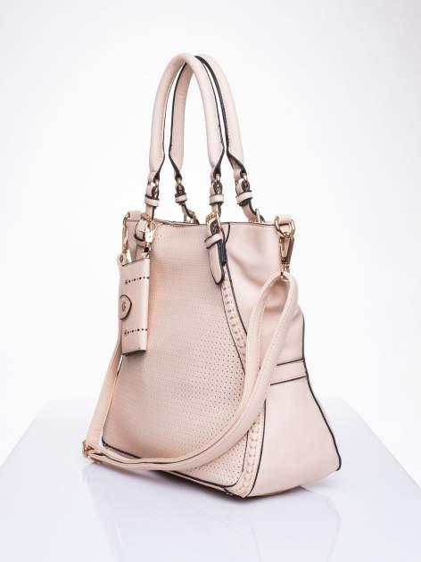 Różowa dziurkowana torba shopper z portfelem                                  zdj.                                  3