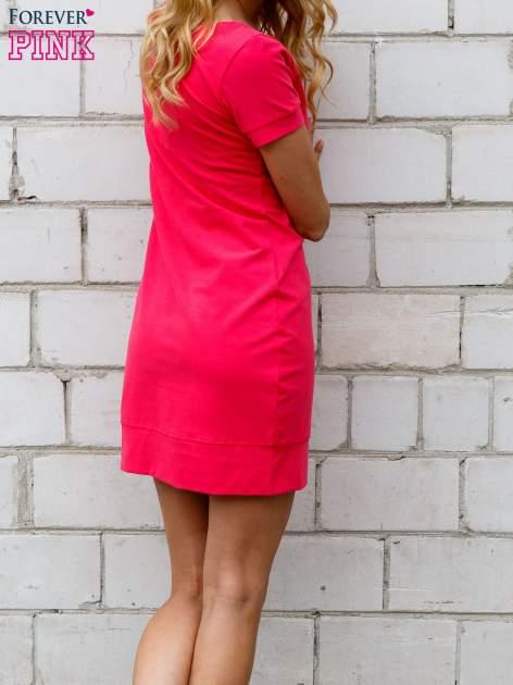 Różowa gładka sukienka ze ściągaczem na dole                                  zdj.                                  3