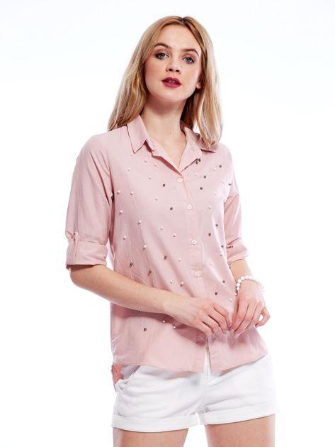 Różowa koszula z perełkami i podwijanymi rękawami                              zdj.                              1