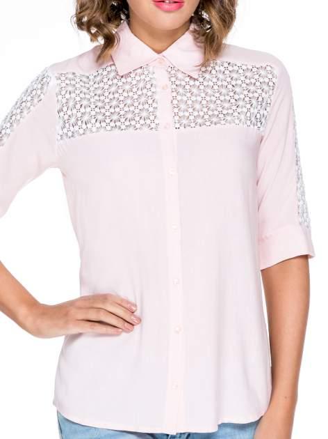 Różowa koszula z rękawem do łokcia i koronką                                  zdj.                                  5