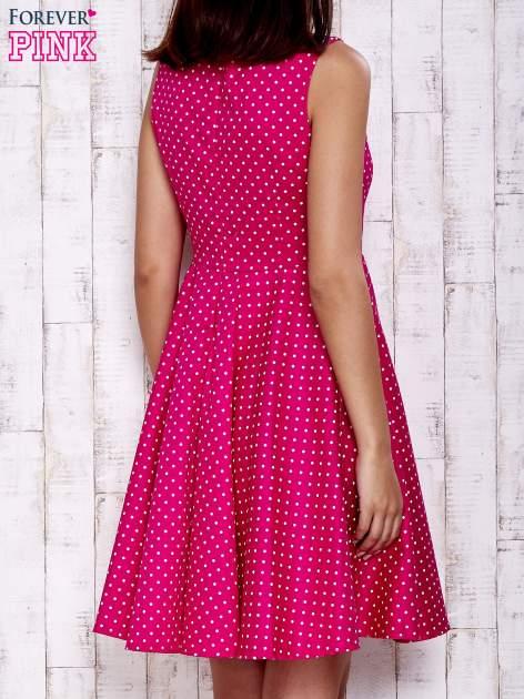 Różowa rozkloszowana sukienka w groszki                                  zdj.                                  4