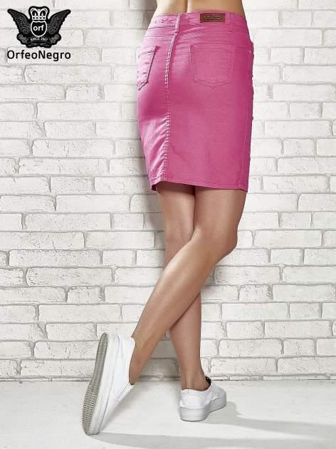 Różowa spódnica z zapięciem na guzik                                  zdj.                                  4