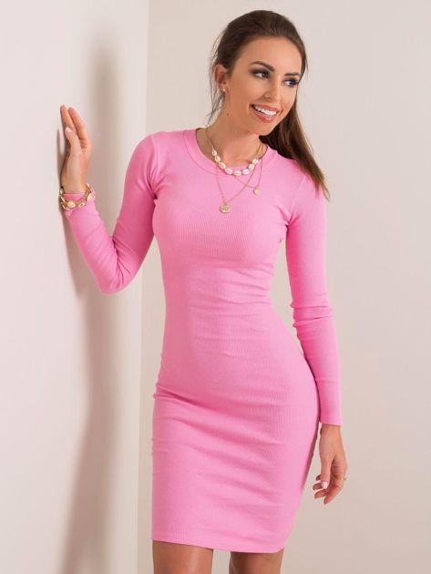 Różowa sukienka Lara RUE PARIS