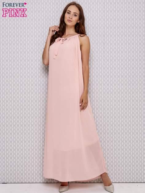 Różowa sukienka maxi z wiązaniem przy dekolcie                                  zdj.                                  4
