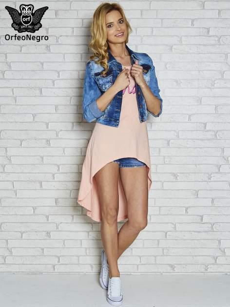 Różowa sukienka z dłuższym tyłem i napisem SHAKE!                                  zdj.                                  2