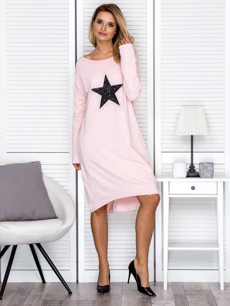 Różowa sukienka z gwiazdą                               zdj.                              4