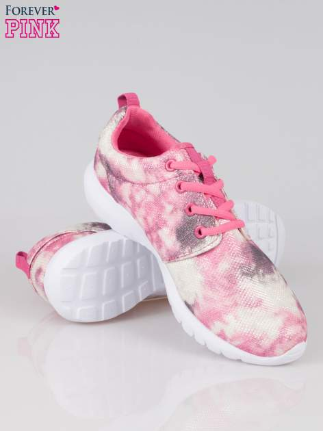 Różowe adidasy z motywem exotic print                                  zdj.                                  4