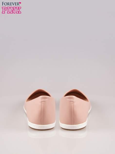 Różowe baleriny Sunny ze smukłym noskiem na kontrastowej podeszwie                                  zdj.                                  3