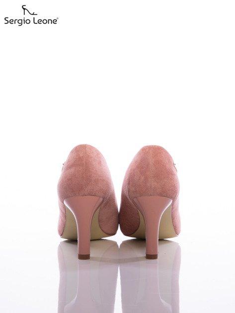 Różowe czółenka Sergio Leone z eco zamszu                              zdj.                              3