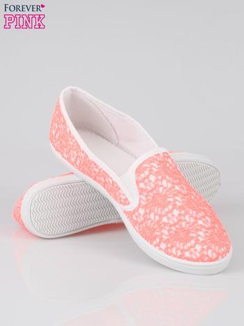 Różowe koronkowe buty slip on                                  zdj.                                  4
