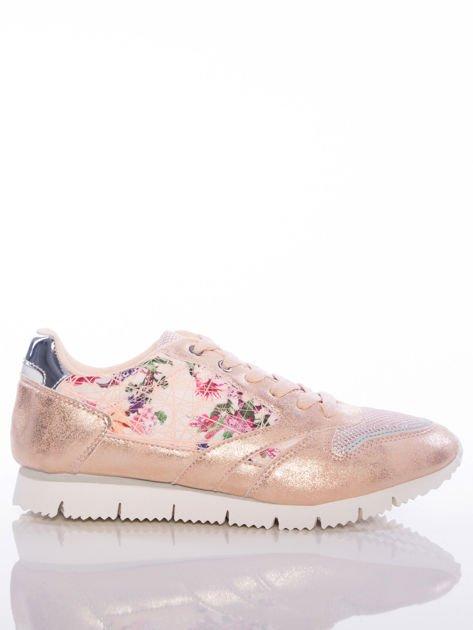 Różowoperłowe buty sportowe Vinceza z kwiatowym motywem na boku cholewki                                  zdj.                                  1