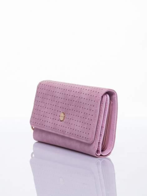 Różowy ażurowany portfel ze złotym suwakiem                                  zdj.                                  2