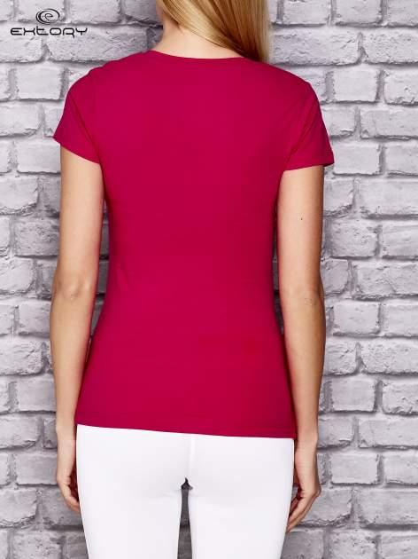 Różowy damski t-shirt sportowy z modelującymi przeszyciami                                  zdj.                                  4