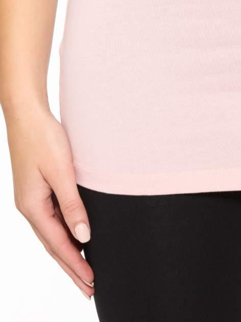 Różowy jednolity top na szerokich ramiączkach                                  zdj.                                  7